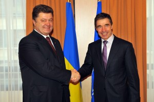 091203c-001 Meetings of the Foreign Ministers at NATO Headquarters in Brussels - Bilateral meeting between NATO Secretary General, Anders Fogh Rasmussen and Minister of Foreign Affairs of Ukraine, Petro Poroshenko